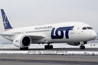 B_787-85D_Dreamliner_SP-LRB_LOT_02.jpg