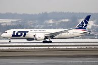 B_787-85D_Dreamliner_SP-LRB_LOT_26.jpg