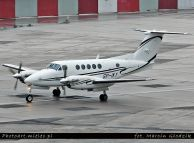 Beechcraft_B200_Super_King_Air_SP-IKY_00.jpg
