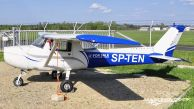 Cessna_150L_SP-TEN01.jpg