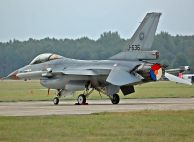 F-16AM_Fighting_Falcon_HolAF_J-636_02.jpg