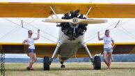 StearmanGirls02.jpg